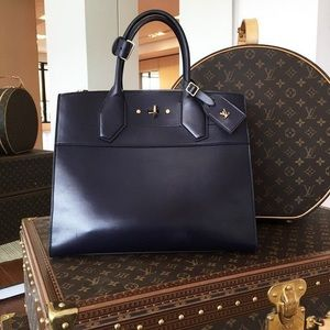 LV $499